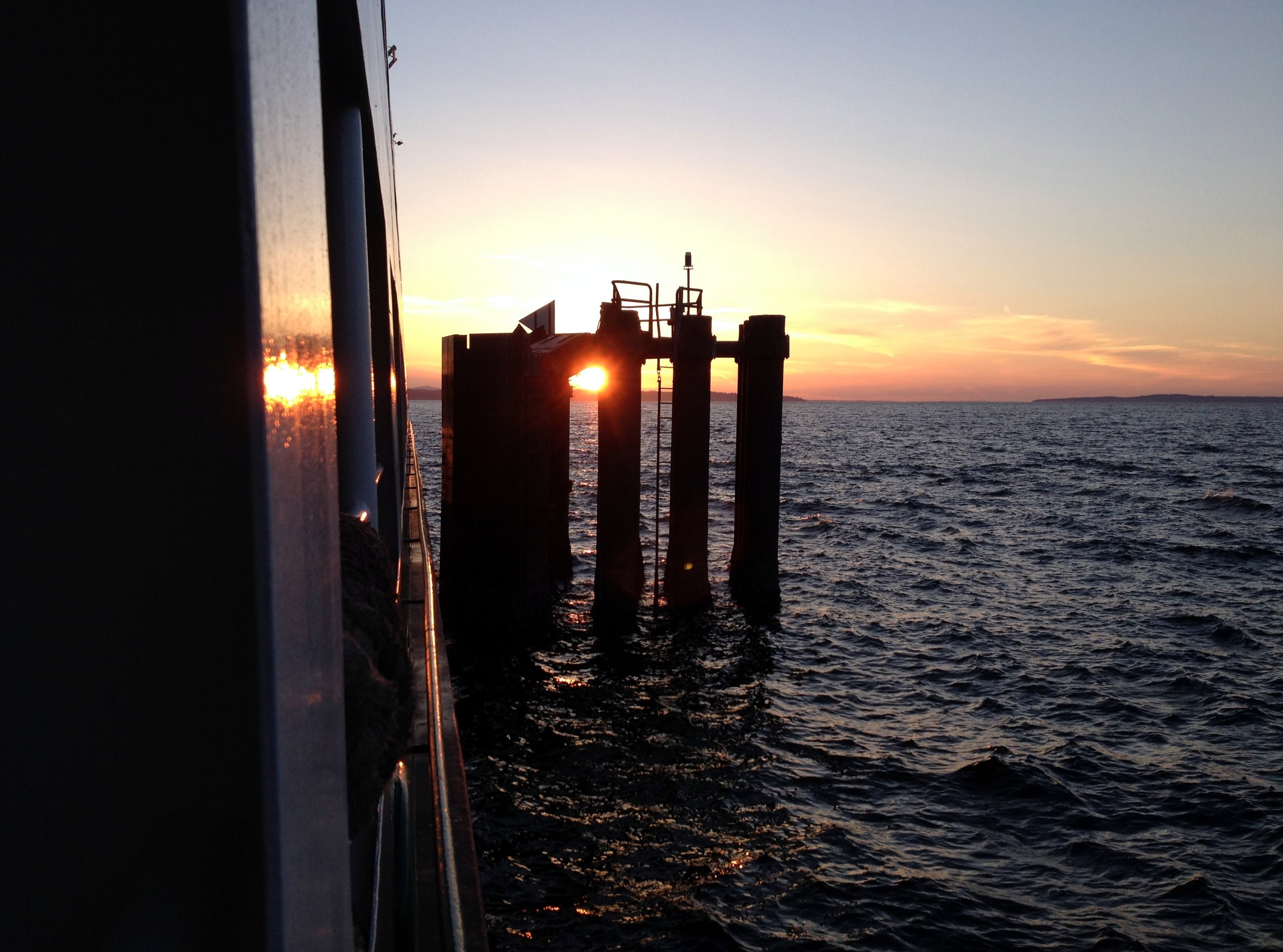 Edmonds ferry view